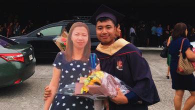 Photo of Il giorno della laurea porta con sé l'immagine in dimensione reale della madre defunta