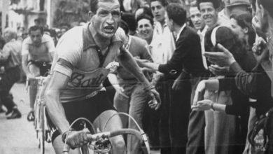 Photo of Gino Bartali salvò la vita a centinaia di ebrei. Nascondeva i documenti nel telaio della sua bicicletta