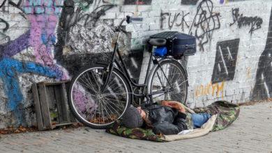 """Photo of Coronavirus. I senzatetto sono più invisibili di prima. """"Noi soli e abbandonati"""", racconta uno di loro"""