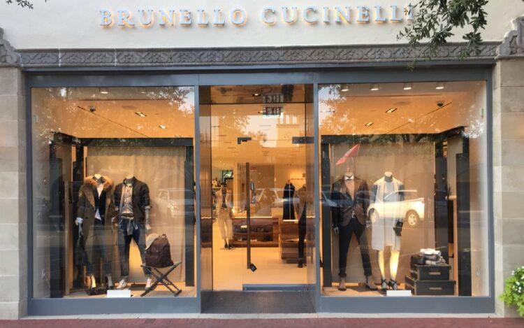 Brunello Cucinelli dona ai poveri i capi invenduti