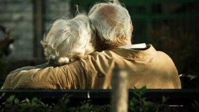 Photo of 8 cose da dire ai nostri genitori prima che sia troppo tardi. Quelle che sentiamo nel cuore, ma non riusciamo ad esprimere