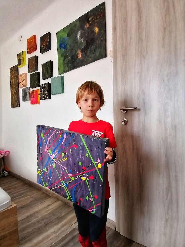 opere d'arte del figlio con autismo 1