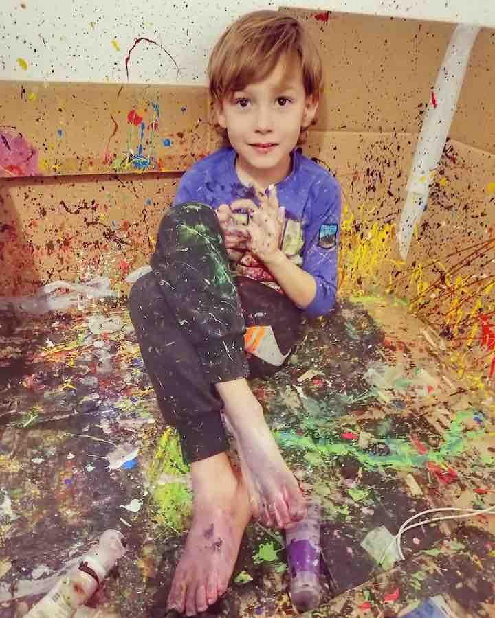 opere d'arte del figlio con autismo 2