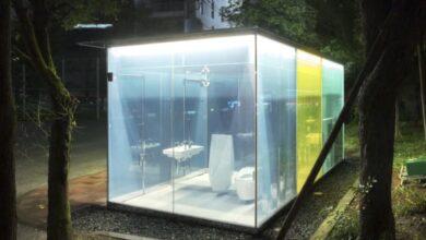 bagni pubblici vetro trasparente
