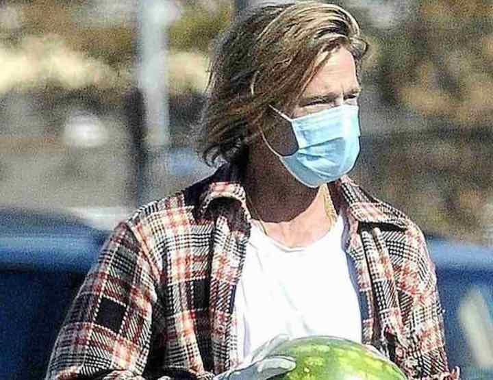 Brad Pitt fa il volontario frutta e verdura