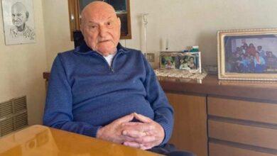 """Photo of Anziano di 91 anni cede la sua dose di vaccino alla mamma di un disabile: """"Non sono un eroe"""", si schernisce con modestia"""