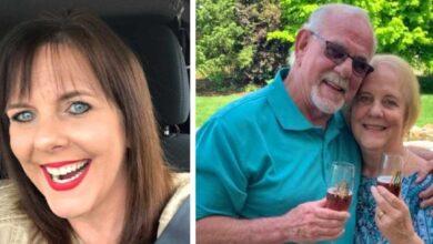 Photo of Si ritrovano dopo 50 anni e si sposano grazie alla loro figlia biologica data in adozione alla nascita