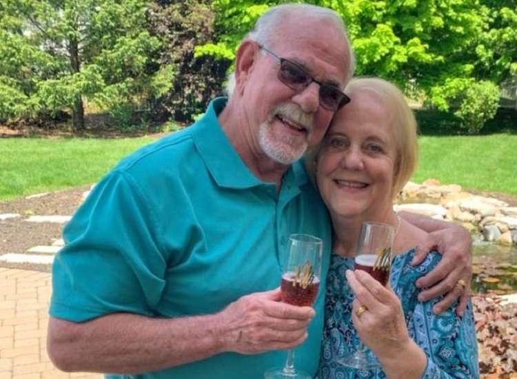 Coppia si incontra dopo 50 anni