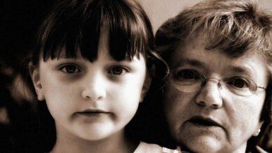 Photo of Sindrome della nonna schiava: anziani costretti a prendersi costantemente cura dei propri nipoti