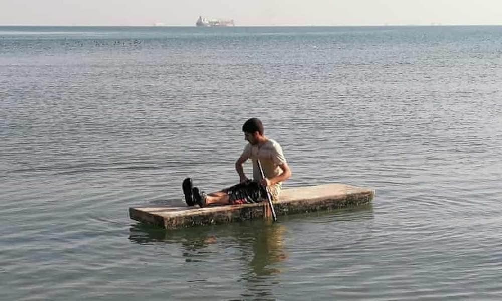 marinaio costretto vivere su una nave